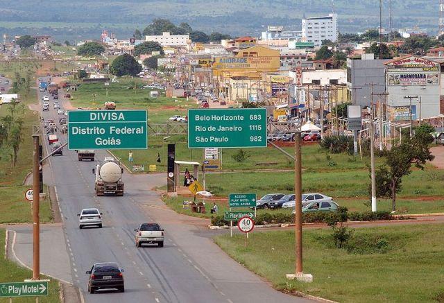 BR 040 entre o Distrito Federal e Goiás. (Foto: Isso é Brasília).